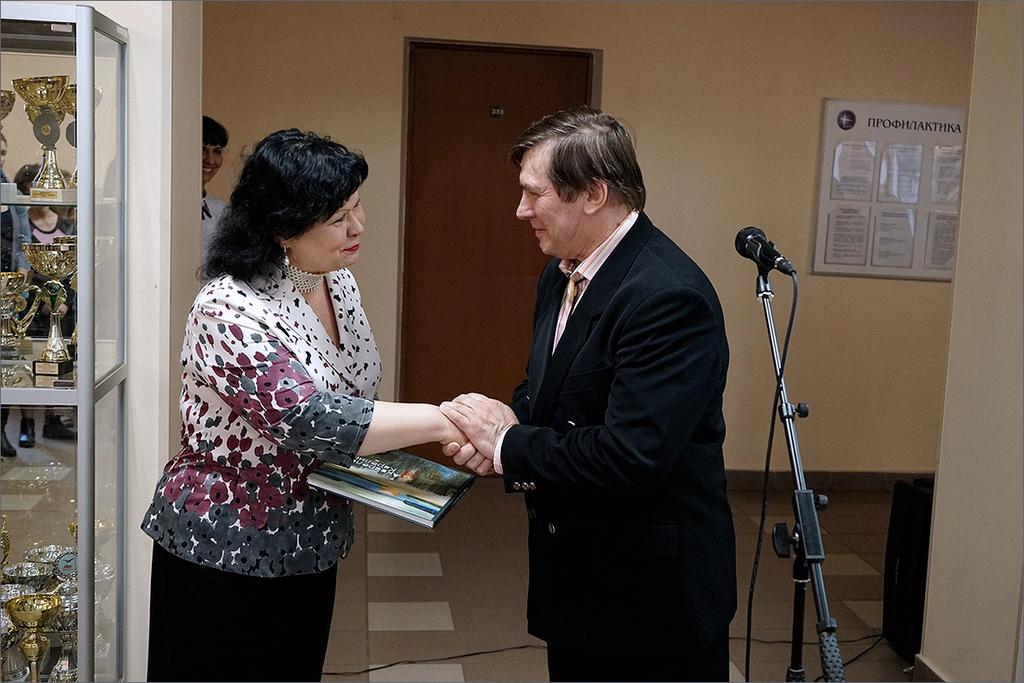 Художник антонов член союза художников