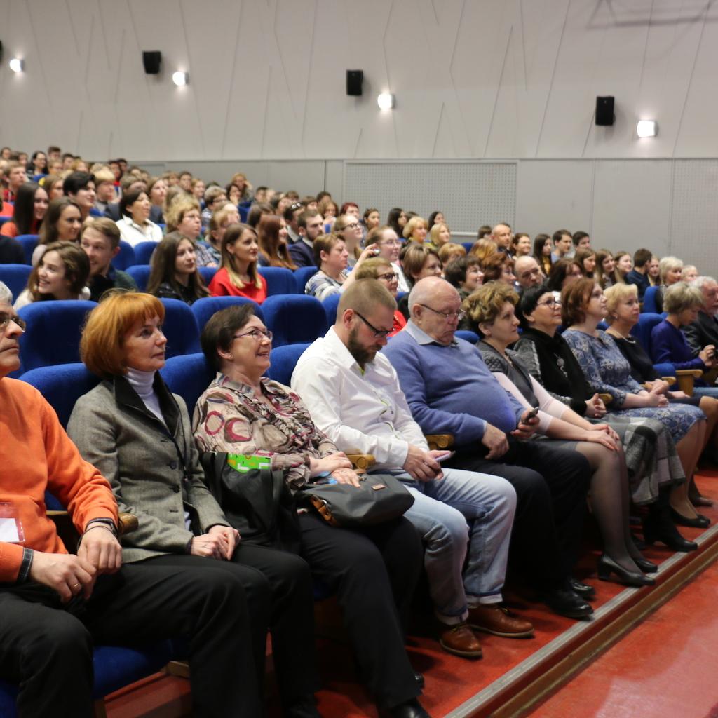 Over 200 Russian Schoolchildren Die 54